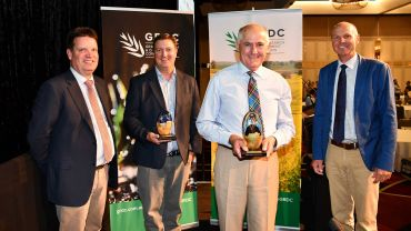 Industry 'shining lights' honoured at grains event