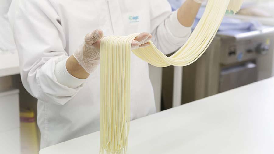 Australian wheats are tested in AEGIC's Western Australian laboratory for the necessary udon noodle quality characteristics. PHOTO AEGIC