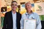 Southern grains industry celebrates consultant's contribution to combatting agronomy challenges